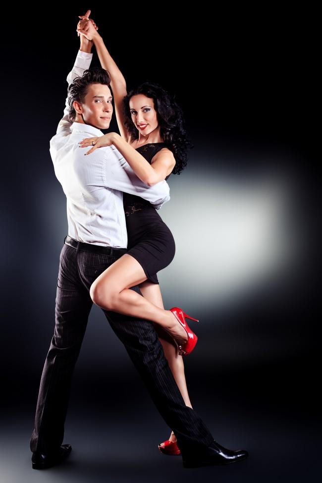 情侣图片,交际舞,交谊舞,舞蹈,欧美情侣,长腿美女,高跟鞋,欧美图片