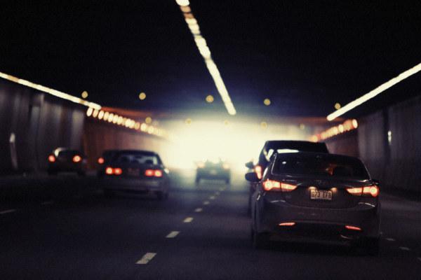 汽车,城市,车流,隧道,交通,街景,背景图,高清,素材