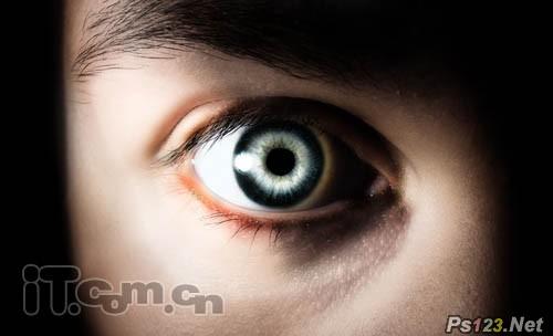 PS滤镜打造燃烧的眼球 飞特网 PS滤镜教程