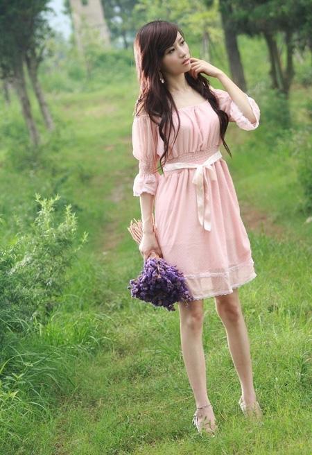 ps给树林中的美女加上梦幻的淡冷色