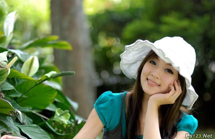 ps打造柔美的韩系青黄色的美女图片