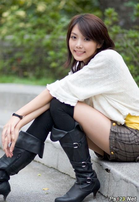 ps给石阶上的美女图片增加淡淡的甜美色