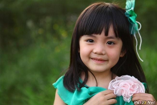 ps给小女孩图片增加甜美的青红色