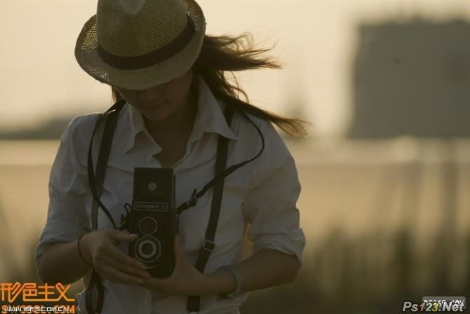 PS把偏暗的图片处理成唯美的淡紫色日韩效果