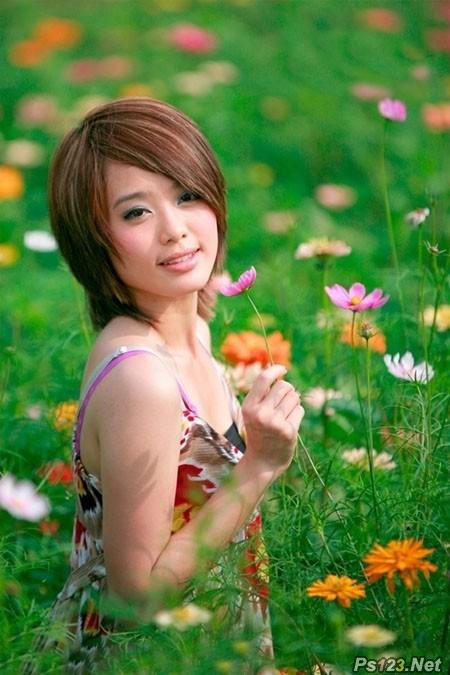 Photosho调出花景美女图片流行的淡暖色