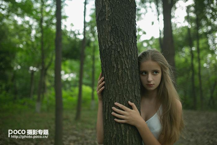 ps打造唯美的秋季紅樹林人物圖片