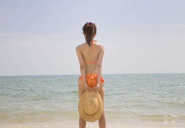 photoshop cs6 打造夏日沙滩蓝绿色调色教程