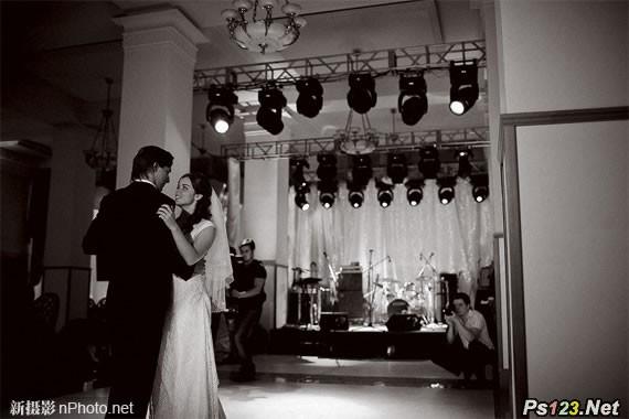 适于弱光环境的拍摄,室内摄影师必备的5支镜头