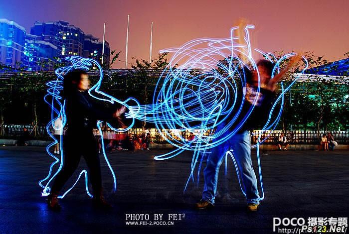 神奇的光摄影(光涂鸦、光绘画)的拍摄技巧