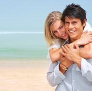高清海边情侣图片