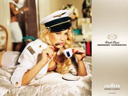 拉瓦扎咖啡一流咖啡体验创意广告设计