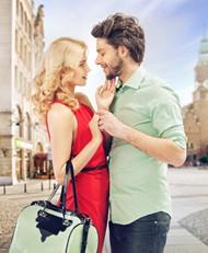 外国街拍情侣图片