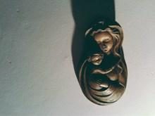 母子雕像高清图片