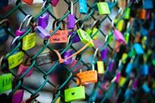 爱情同心挂锁精美图片