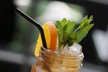夏天鲜橙果汁图片