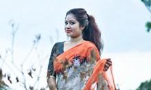 印度服装户外美女高清图片