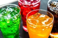 冰镇饮料广告图片