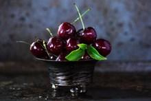 黑珍珠樱桃高清图片大全