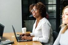 黑人美女商务会议高清图