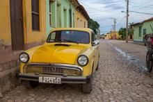 黄色老式车辆图片下载
