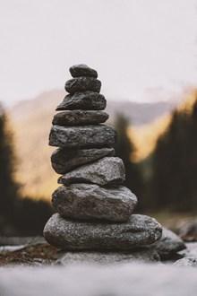 堆叠石块精美图片