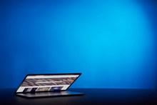 笔记本电脑桌面壁纸高清图片