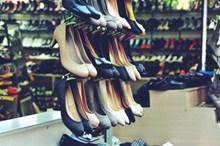 市场女士鞋高清图