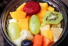 新鲜水果沙拉图片