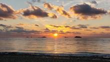 西班牙海上日落图片