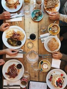 自制美味汉堡早餐图片下载
