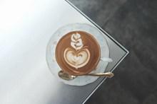 心形意式拉花咖啡图片素材