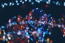 多彩光斑夜景图片