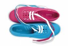女士运动鞋图片素材