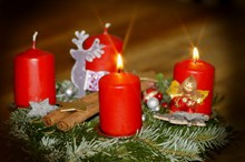 平安夜蜡烛装饰品高清图