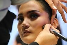 女模特化妆图片素材
