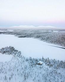冬日白雪皑皑图片下载