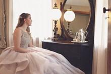 新娘个人婚纱照图片素材