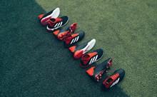 品牌运动鞋高清图