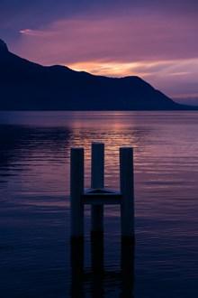 紫色黄昏海边风景图片