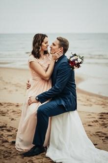 海边婚纱写真摄影图片下载