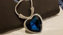 蓝色宝石项链图片素材