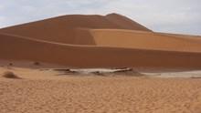 沙漠沙丘荒芜图片大全