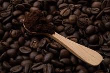咖啡豆现磨图片下载