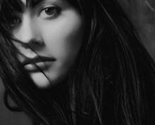 成熟美女黑白头像图片
