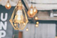 现代简约客厅灯具图片下载