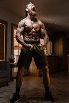 霸气肌肉男人体艺术高清图
