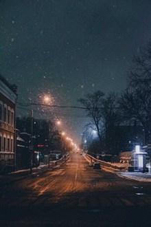 静谧公路唯美夜景图片大全