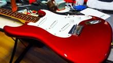 红色电子吉他图片素材