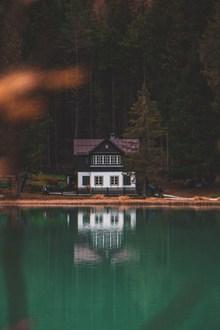 湖畔小屋风景图片大全