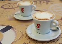 两杯特浓咖啡高清图